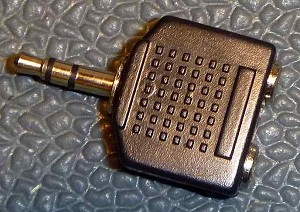 Stereophone Splitter 3.5mm to 2 3.5mm